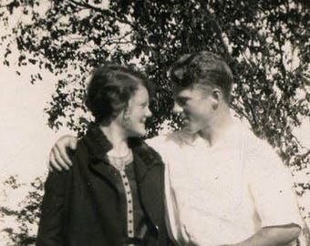 vintage photo Couple Look into Her Eyes Romantic 1927 Young Love