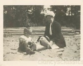 vintage photo 1918 Boy Grandma Feed Seagull at Beach 28 V