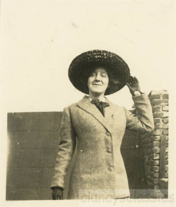 1ed8281e655 vintage photo 1912 Young LAdy Cute Suit Holds Her Big Brim