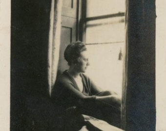 vintage photo 1930 Woman sits Thoughtful Looking out Window 51 D