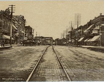 vintage photo 1910 Main Street Bellvevue Ohio 3 N