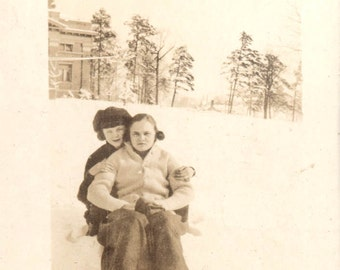 vintage photo Girlfriends in the snow
