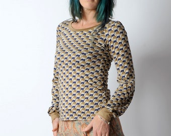 Blue and beige cat print top, Long-sleeved top with blue cat print, long sleeves, Womens clothing, MALAM