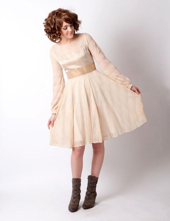 Beige Spitze kurze Beige Mesh Kleid Creme Frauen Kleid