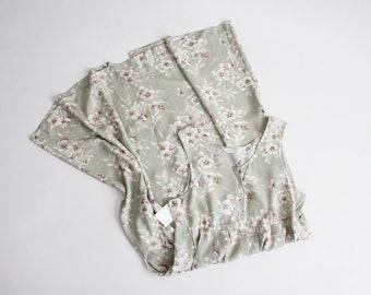 sage floral dress | 90s floral dress | floral maxi dress