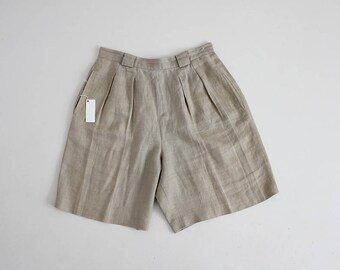 taupe linen shorts | high waisted linen shorts | 90s pleated shorts