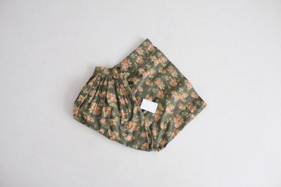 garden floral skirt | full floral midi skirt | vin