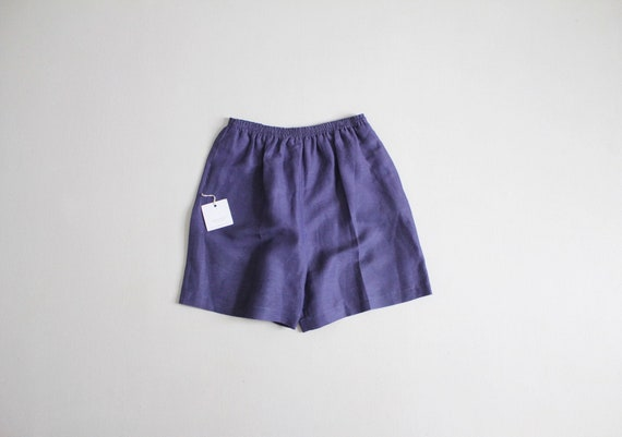 indigo linen shorts | blue purple shorts | stretch