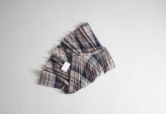 plaid wool skirt   pleated plaid skirt   full plai