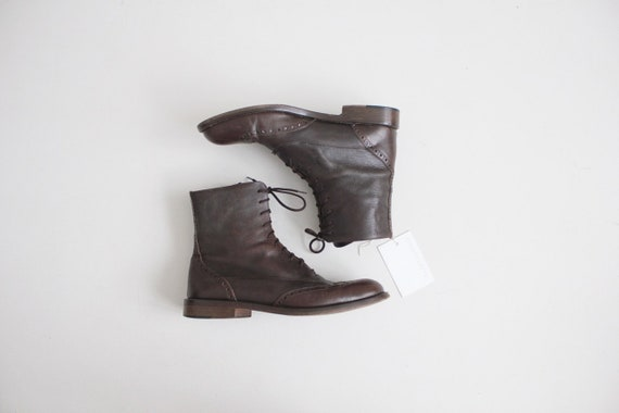 mens lace up leather boots 7.5   wingtip boots 8  