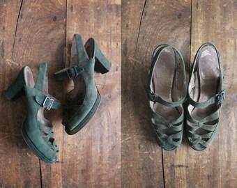 1940s heels / green 40s heels / size 6 heels