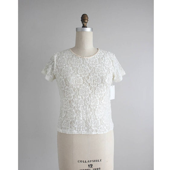 cream lace blouse | stretch lace top | 90s lace to