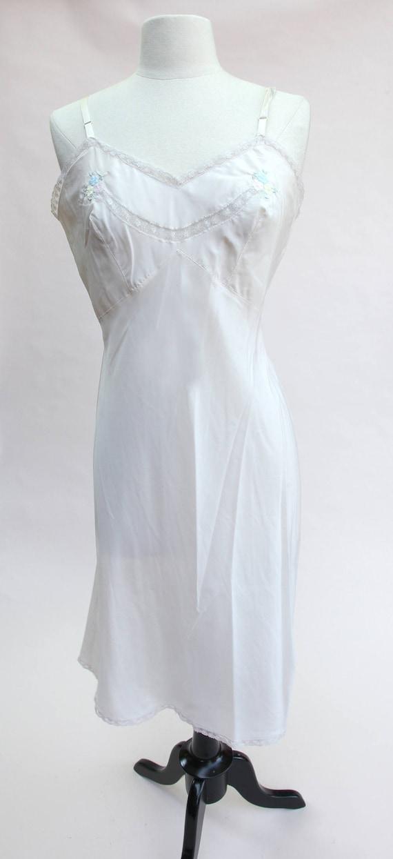 Vintage Slip / Vintage Nude Lace and Floral Slip /