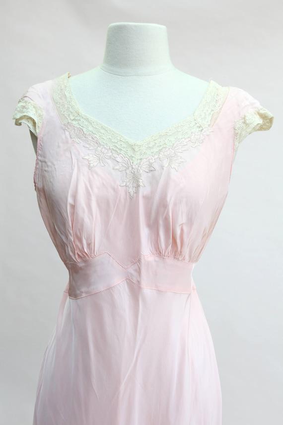 Vintage Pink Nightgown / Vintage 40s Pink Bias Cut Nightgown | Etsy