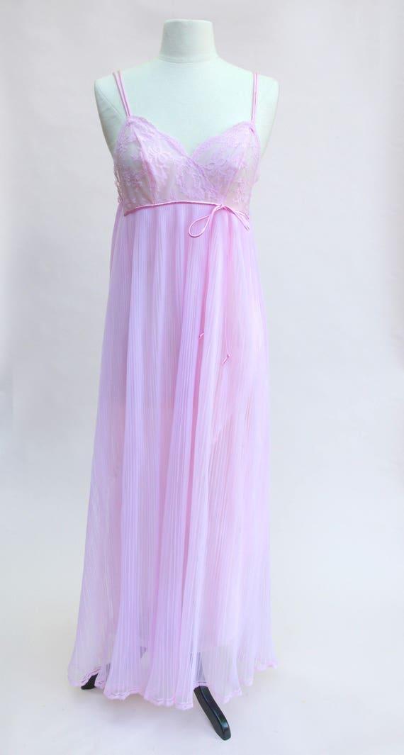 Vintage Nightgown / Vintage Pink Nightgown / 70s N