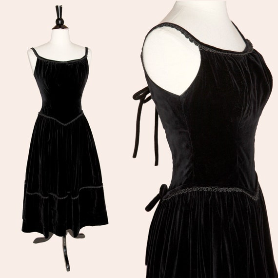 Vintage 50s Dress / 50s Black Velvet Cocktail Dres
