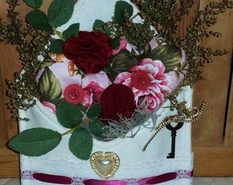 Shabby Chic Floral Hearts Valentine Envelope Decoration