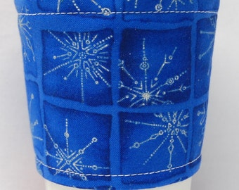 Christmas - Coffee Cozy/ Cup Sleeve Eco Friendly Slip-on: Royal Blue Sparkling Snowflakes