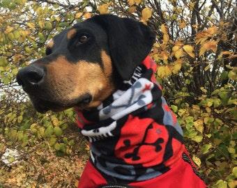 Bad to the BONES Polarfleece Snood for Large Dog - Skulls - Dobersnood - Limited edition fleece - Dog Snood