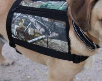 Dog Vest with pockets - Size medium - REALTREE Camo - water proof - non bulky Backpack, Service Dog Vest