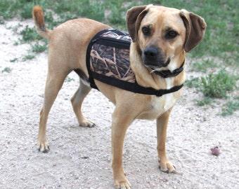 Dog Vest with pockets - Size medium - Mossy Oak Camo - water proof - non bulky Backpack - Service Dog Vest, hiking vest