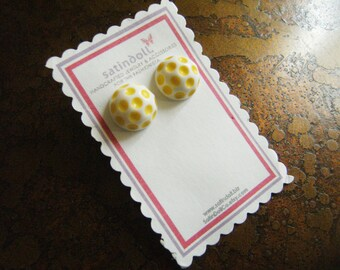 Yellow Polka Dot Vintage Lucite Gold Plated Stud earrings
