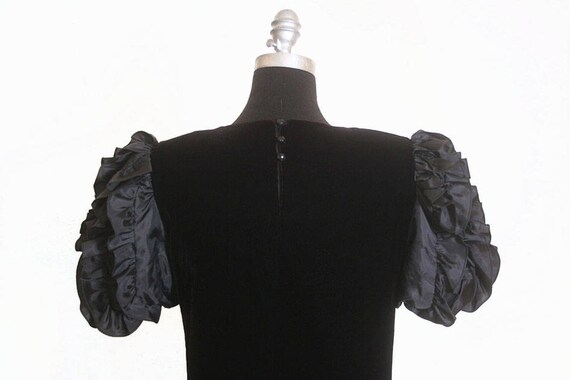 Vintage 1980s Velvet and Ruffles Maggy London Jea… - image 8
