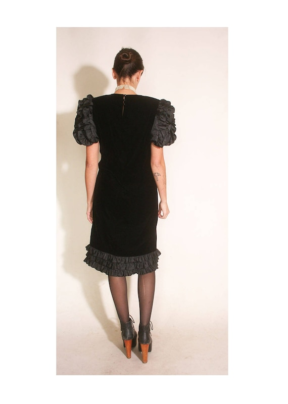 Vintage 1980s Velvet and Ruffles Maggy London Jea… - image 5