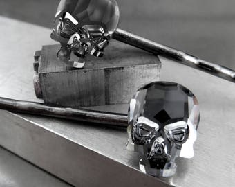 Swarovski Crystal Skull Hair Pins - Set of 2 Crystal Skull Bobby Pins in Midnight Black or Metallic Silver, Goth Gothic Halloween Jewelry