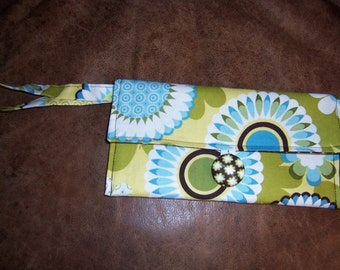 Fat Quarter Wristlet - PDF SEWING PATTERN - fast and easy for beginners - Instant Download