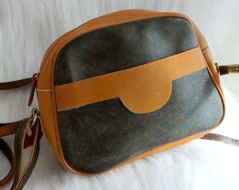 Vintage 90s Small Brown Leather Cross Body Bag 0db907953cb4b
