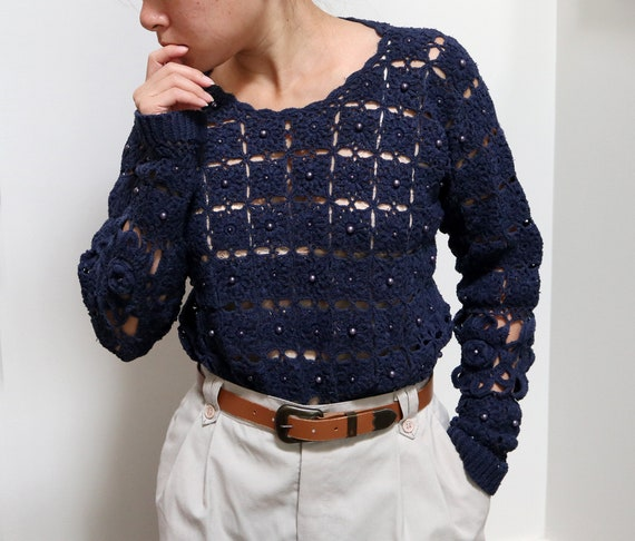 1960s blue V neck sweater Doretti long sleeve pullover small to medium
