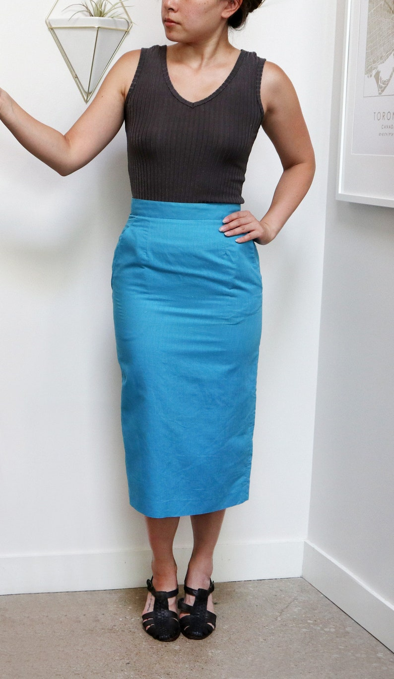 Long Fitted Mid-Calf Length Women/'s Extra Small XS Vintage 70s Cyan Pencil Skirt Minimalist Style Vibrant Sky Blue Summer Skirt