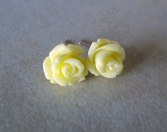 Lemon, Pale Yellow Carved Rose Silver Plated Studs
