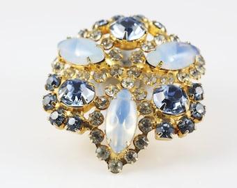 Trefoil Gilt Brooch, Vintage, Baby Blue