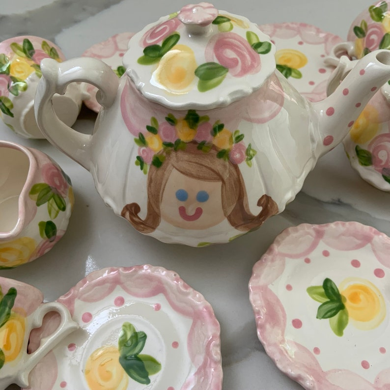Tea set Personalized for Little girls //  faces & roses image 0