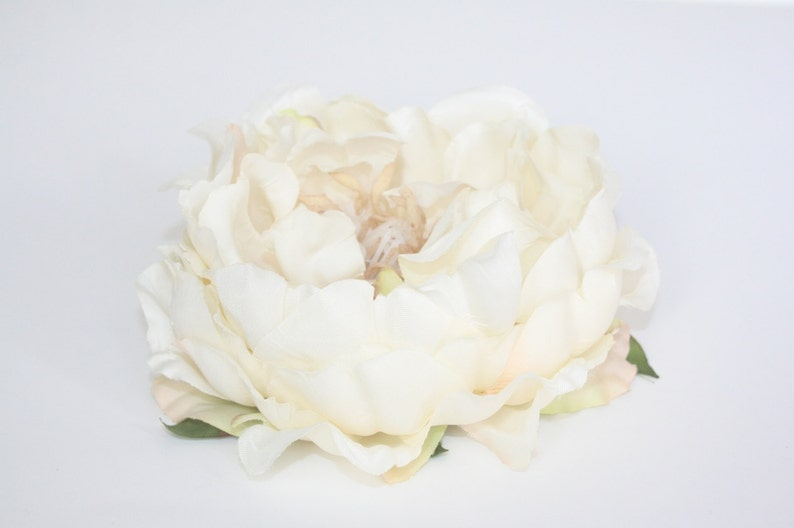 Stunning Artificial Peony in Ivory Cream ON or OFF Stem  19 Peony Head Only