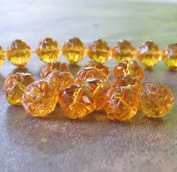 25 Apollo Gold Czech Firepolish Rosebud Glass Beads 7//8mm