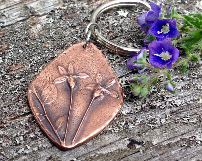 Copper Wild Flowers Keychain,  Botanical Key Ring