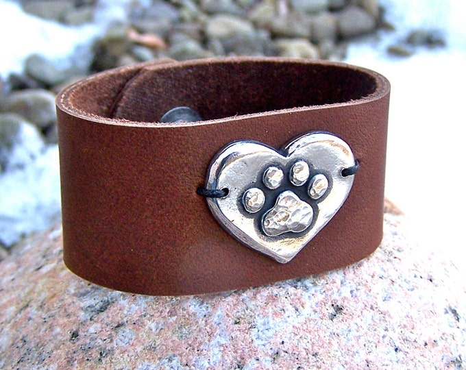 Paw Print on my Heart Leather Cuff Bracelet, Handcast Pewter