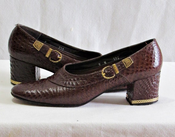 Exotic 1960s Brown Leather Block Heel Loafers- Emb