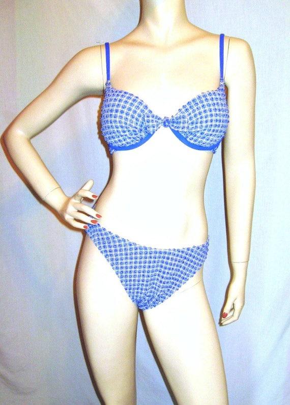 liana mendoza bikini
