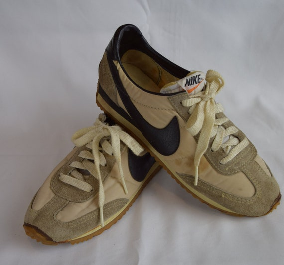 0b060180a449 ... where can i buy nike cortez 70s vintage nylon suede tennis womens shoes  7 etsy 8312e