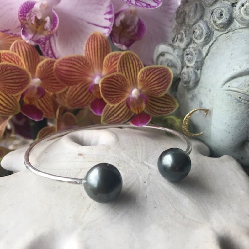 Size L fits wrists 7.5-8 inches Voluptuous Tahitian Pearl Cuff Bracelet in 14k Gold Fill or Sterling Silver