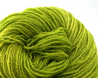 Mohonk Hand Dyed sport weight NYS Wool 370 yds/ 338 m 4oz/ 113g Luciferase