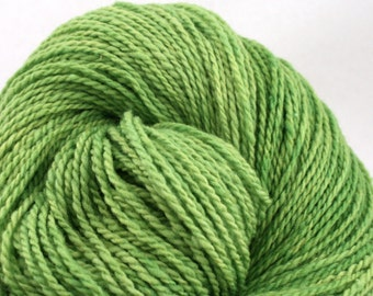 Mohonk Hand Dyed sport weight NYS Wool 370 yds 4oz Spring Grass