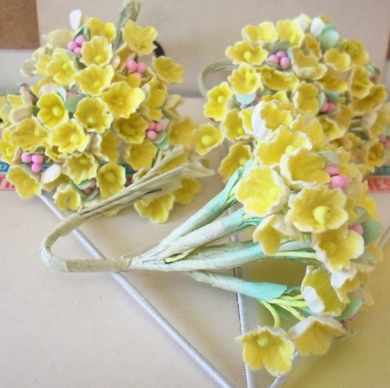 20 bunches of Vtg Millinery Flowers Forget Me Not in Mixed Pink Blue Rose Yellow