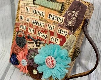 HAPPIEST MEMORIES Suitcase Mini Album 2-ring Binder All Occasion Scrapbook Scrapbooking Vintage Style
