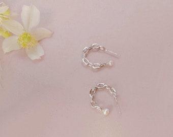 Half Moon Earrings Geometric Earrings Pearl Gold Earrings With Charms Small Gold Hoops Chain Hoop Earrings Minimalist Jewelry Trending Now