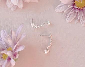 Dainty Cute Earring Flower Earrings Daisy Earring Stud Earrings With Natural Pearl Charm Flower Earrings Bridal Earrings Gift for her